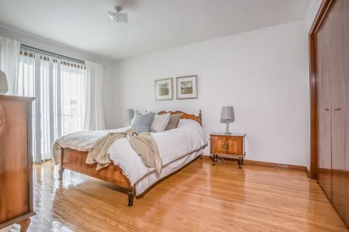 51 Laxford Ave Toronto ON M1R-large-023-28-Bedroom-1500x1000-72dpi