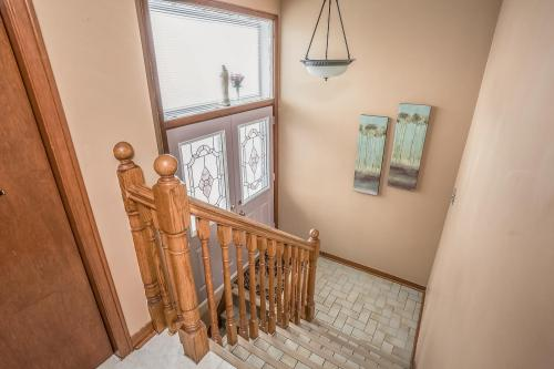 51 Laxford Ave Toronto ON M1R-large-027-20-Staircase-1500x1000-72dpi